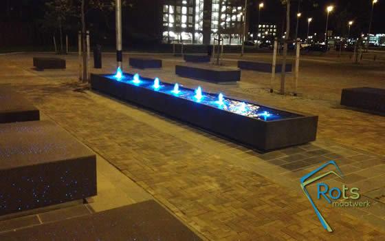 Project watertafel leidsche rijn fontein op maat - Laag rots glazen tafel bobois ...